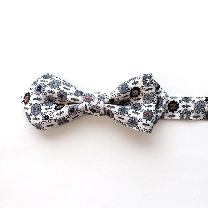 Floral Koushi Pattern Bow Tie