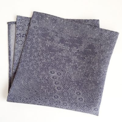 Edo-komon pocket square