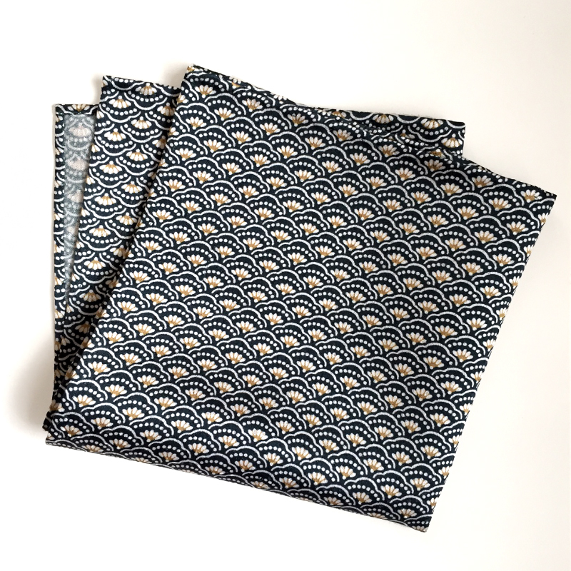 wave pattern pocket square